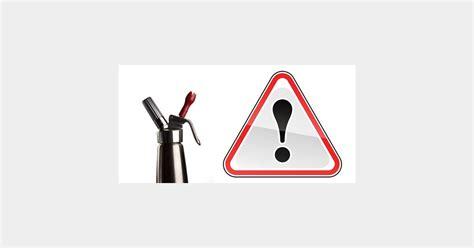 alerte en cuisine siphons dangereux alerte aux accidents sur des