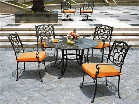 tavoli esterno tavoli e sedie