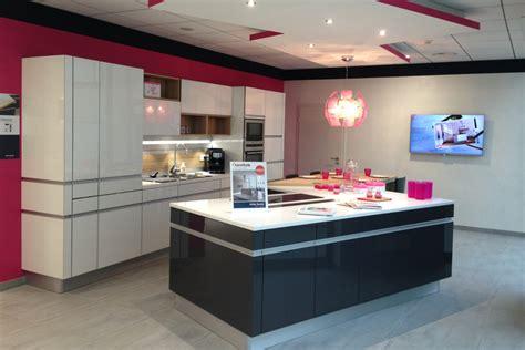 magasin de cuisine belgique davaus cuisine equipee magasin but avec des idées