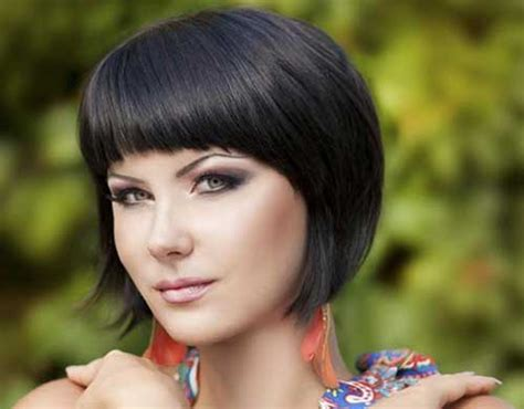 Short Bobs For Round Faces 2014