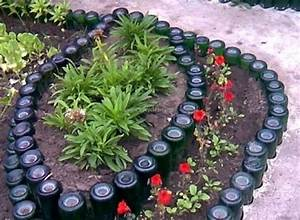 Garden Ideas with Used Bottles Upcycle Art
