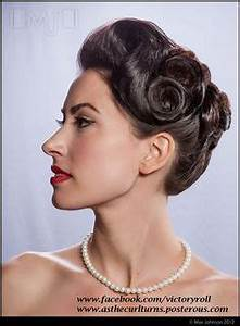 40s updos for long hair - Google Search | 1940s | 1940s ...