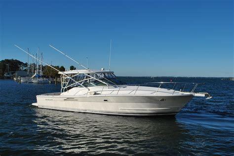 Boat Upholstery Deltaville Va by 2004 Wellcraft Coastal 390 Power Boat For Sale Www