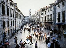 Stradun Placa Main Street in Dubrovnik To Find out