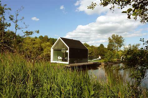 contemporary tiny house   island   architects