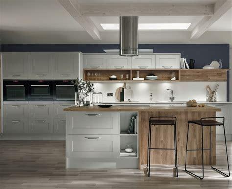 antique kitchen island fairford dove grey kitchen shaker kitchens howdens joinery