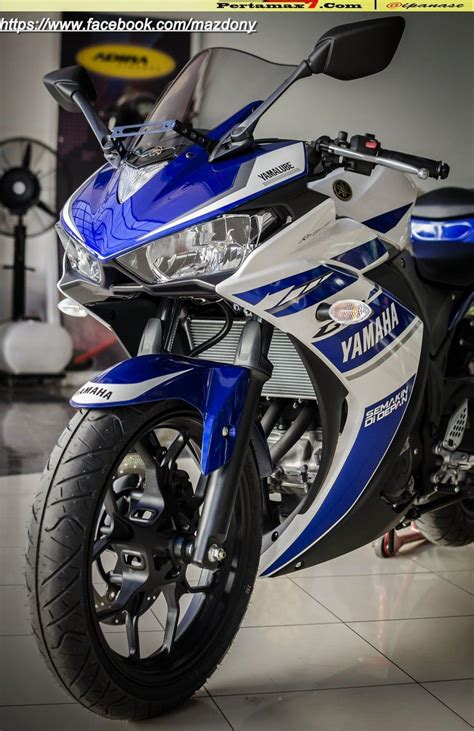 Yamaha R25 Image by Yamaha Yzf R25 Wallpapers Wallpaper Cave