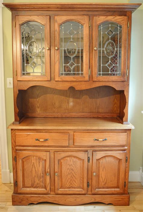 China Cabinet And Hutch by China Hutch Makeover Vintagemeetsglam