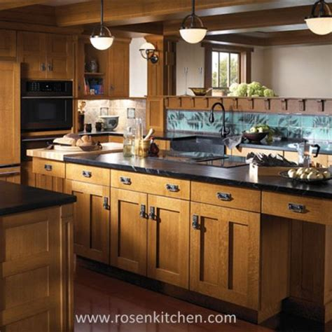 Solid Wood Kitchen Cupboards by China Customized Solid Wood Kitchen Cabinets Manufacturers