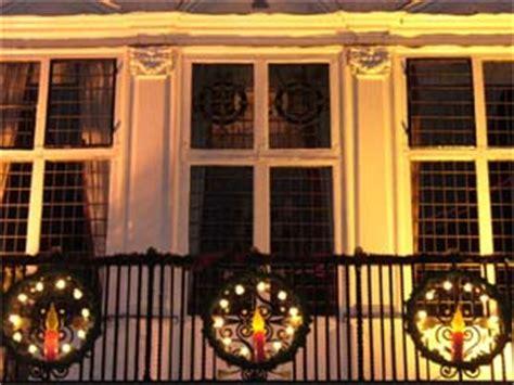 enhance  balcony  christmas decoration boldskycom