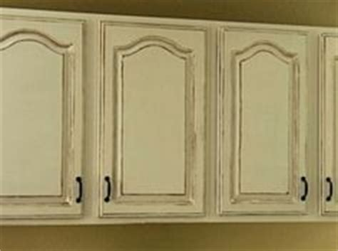 how paint kitchen cabinets 1000 images about kitchen on antique kitchen 4368