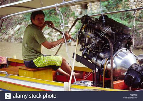Boat With Car Engine by Toyota Car Engine Fitted To Thai Speed Boat For Fast
