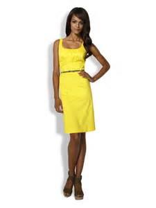 robe de mariã e jaune robe de cocktail d 39 hiver une tenue chic et originale pour les fêtes