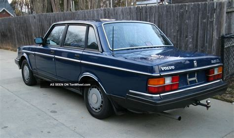 Volvo 240 Seat Covers by Pin Volvo 240 Wagon Standard Color Seat Covers On
