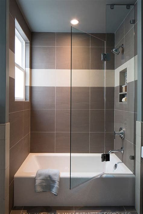Small Bathtubs With Shower - best 25 small bathroom ideas on comfort