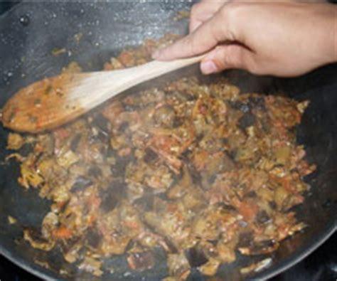 cuisiner des aubergines à la poele recette aubergine a la poele par lol guru sur lol