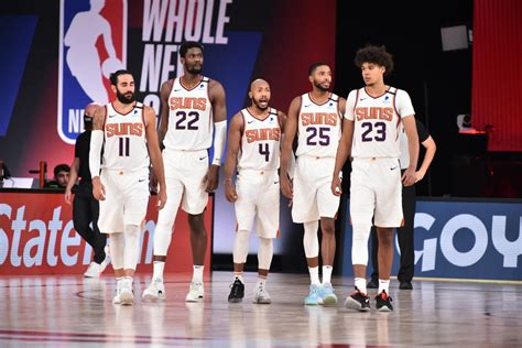 The phoenix suns are an american professional basketball team based in phoenix, arizona. Suns Surprise Players By Getting Family Members to Announce Starting Lineup