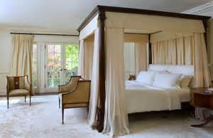 wall decor ideas for bedroom bedroom drama a look at 18 canopy beds dk decor