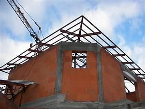 Toiture Metallique Pour Maison : pose de la charpente m tallique sur la villa d 39 architecte ~ Premium-room.com Idées de Décoration