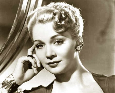 1940s Hairstyle  Copy The Top Hairdos Of 1941 Glamourdaze