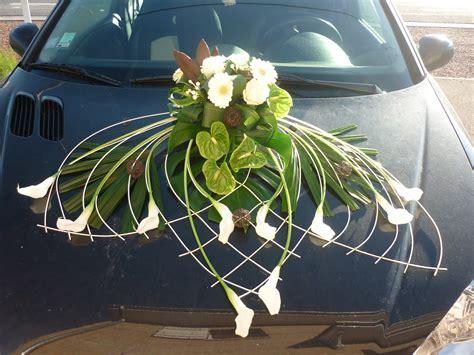 decoration capot voiture mariage au printemps de julie