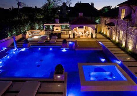 attractive swimming pool lighting ideas