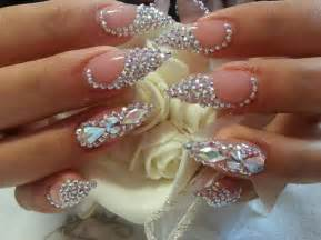 Bling nails stiletto rhinestone shape design