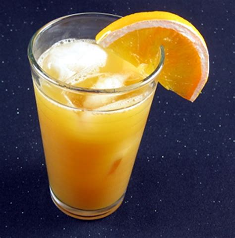 orange juice and vodka general cocktail mix that drink