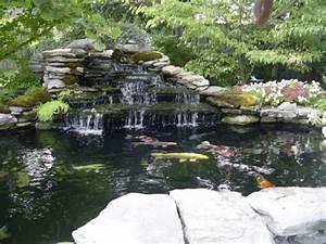 Gartenteich Mit Wasserfall : teich mit wasserfall 31 tolle bilder ~ A.2002-acura-tl-radio.info Haus und Dekorationen