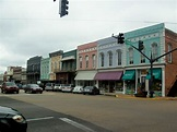 7 of The Most Beautiful, Charming Small Towns In Mississippi
