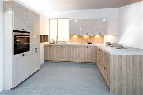 wanneer recht op nieuwe keuken huurwoning stoer landelijke keuken standaard en handgemaakt