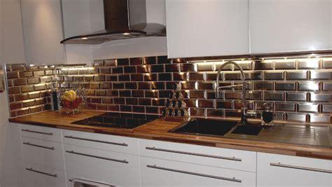cr馘ence miroir cuisine carrelage effet metro photos de conception de maison elrup com