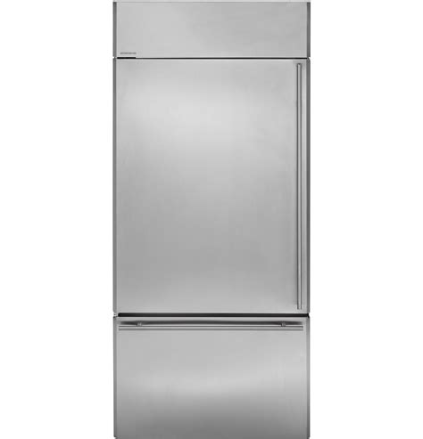 monogram  built  bottom freezer refrigerator zicsnhlh ge appliances
