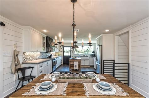 texas homes featured  fixer upper   sale