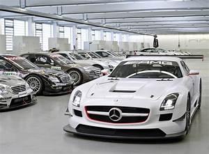 Garage Mercedes 92 : image gallery mercedes garage ~ Gottalentnigeria.com Avis de Voitures