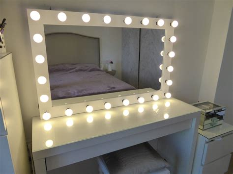 Vanity Mirror With Bulbs - xl vanity mirror 43x27 makeup mirror