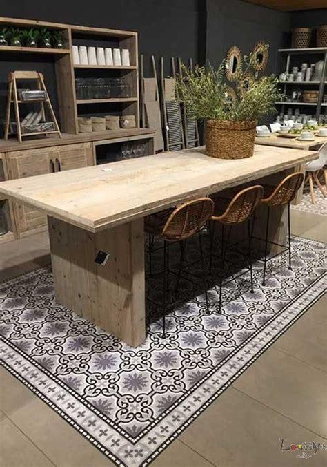 carreaux cuisine tapis vinyl motifs géométriques ou imitation carreaux de