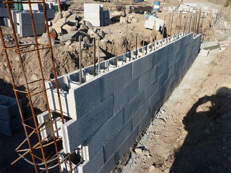 mur en agglo coffrant prix d un agglo coffrant 28 images comment construire une mur en en blocs 224 bancher note