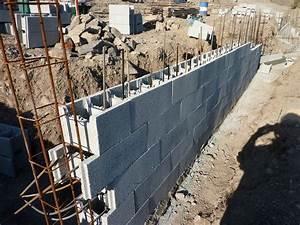 Prix D Un Mur En Parpaing : construction d 39 un mur en bloc bancher le blog de j et a ~ Dailycaller-alerts.com Idées de Décoration