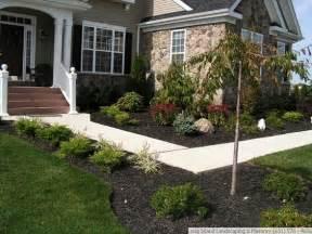 Front Sidewalk Landscaping Ideas