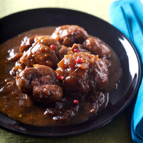 cuisiner des rognons de veau rognon de veau à la confiture d 39 oignons recettes de