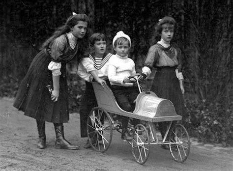 Grand Duchess Marie, Czarevich Alexei, And Grand Duchess