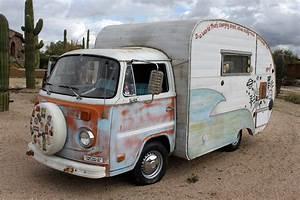 1974 Volkswagen Bus Camper  U0026 39 Sunchaser U0026 39