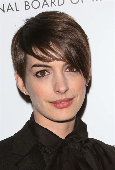 Pictures Of Pixie Hairstyles by 5 Ways To Style A Pixie Haircut As Worn By Hathaway