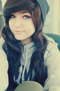 34 Emo Hairstyles for Girls | Hairstyles | Emo hair, Emo ...