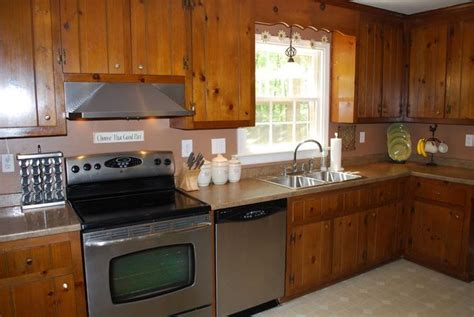 painting pine kitchen cabinets pine kitchen cabinets original rustic style kitchens 4060