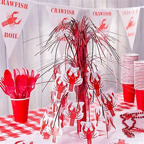 Cajun Crawfish Boil Decorations by Crawfish Centerpiece Idea Cajun Crawfish Boil Ideas