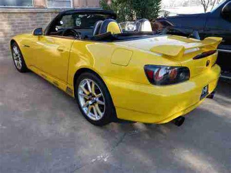 s2000 sports car buy used 2005 honda s2000 convertible sports car 2 2