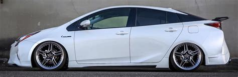 2016 Toyota Prius gets Kuhl Racing's custom bodykit Image ...