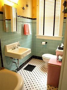 Kristen and paul39s 1940s style aqua and black tile for Kitchen colors with white cabinets with papiers peints salle de bains